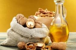 Масло грецкого ореха для лечения грибка в ушах