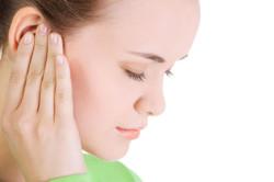 Шум в ушах - одно из проявлений сенсоневральной тугоухости