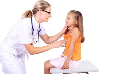 Диагностика болезни горла