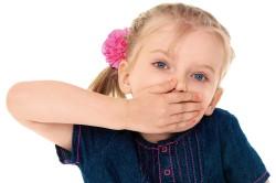 Нарушение дыхания у ребенка - симптом воспаления аденоидов