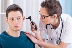 Консультация врача при отомикозе