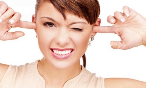 Проблема образования серных пробок в ушах