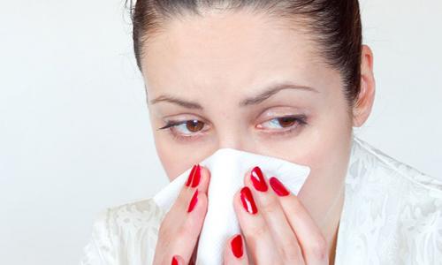 Как снять отек слизистой носа в домашних условиях при насморке