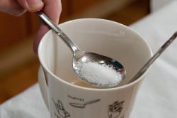 Солевой раствор для промывания носа при насморке