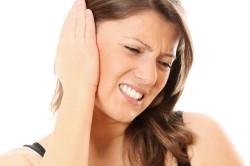 Ушная пробка - причина ухудшения слуха и неприятных ощущений в ухе