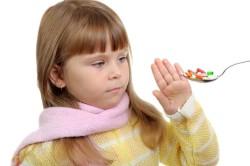Ограничение приема антибиотиков при лечении ангины у детей