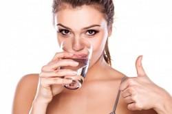 Потребление минеральной воды для лечения сухости в носу