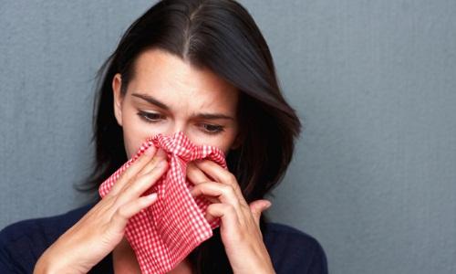 Проблема выделения желтой воды из носа